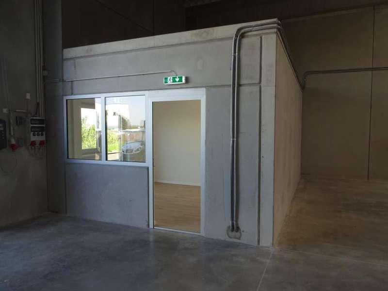 05 Halle mit Büro - Innenansicht - Beispielfoto